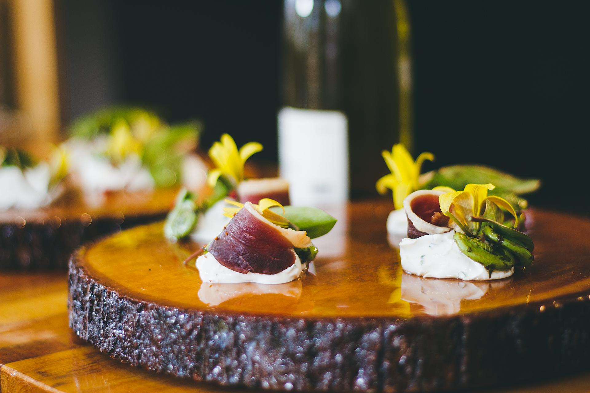 Le Cloché Penché Restaurant