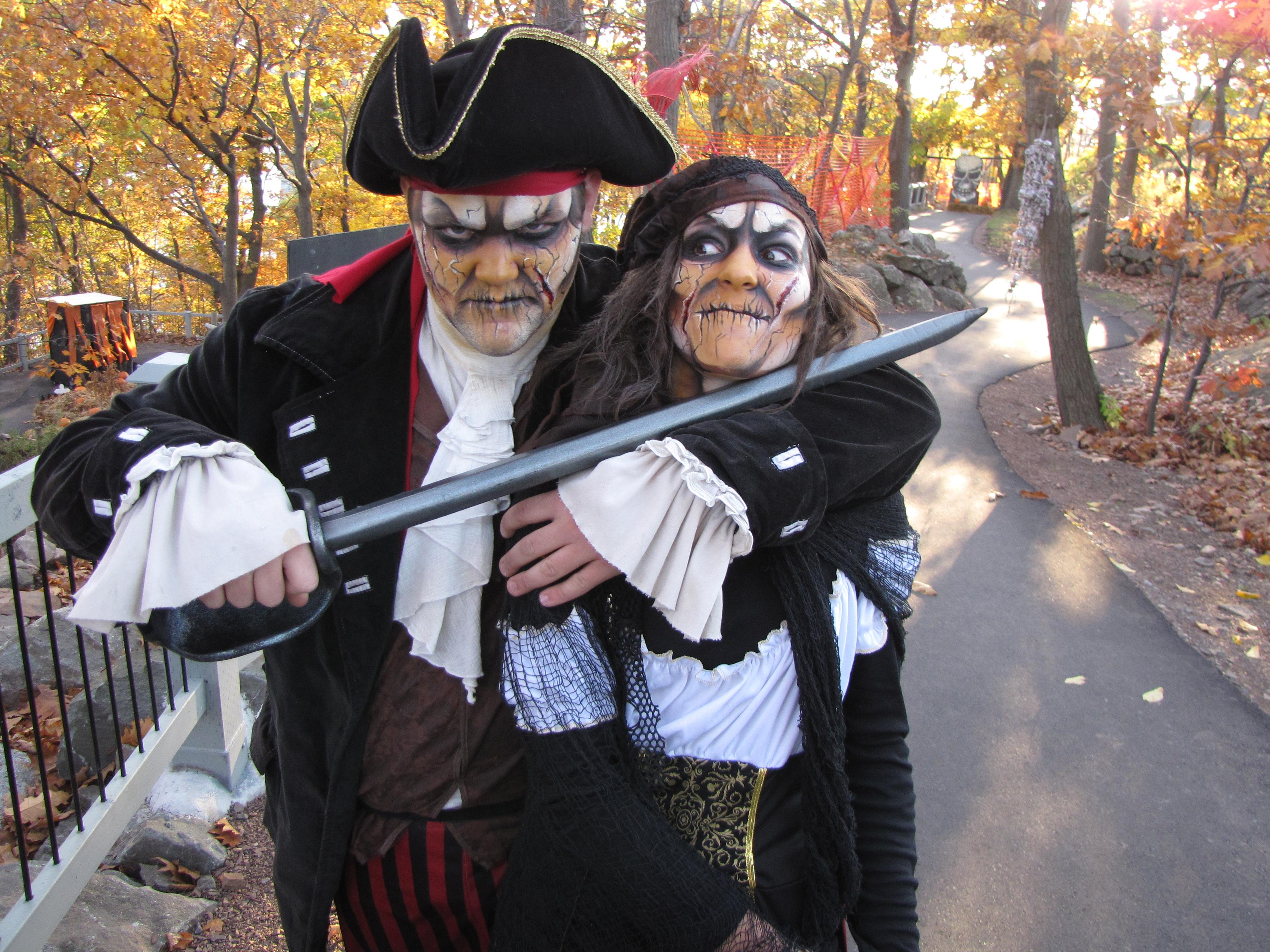 2012-10-18-08-54-26-AP ACT Aquarium du Québec Nuit des pirates 18 10 26 10 VD