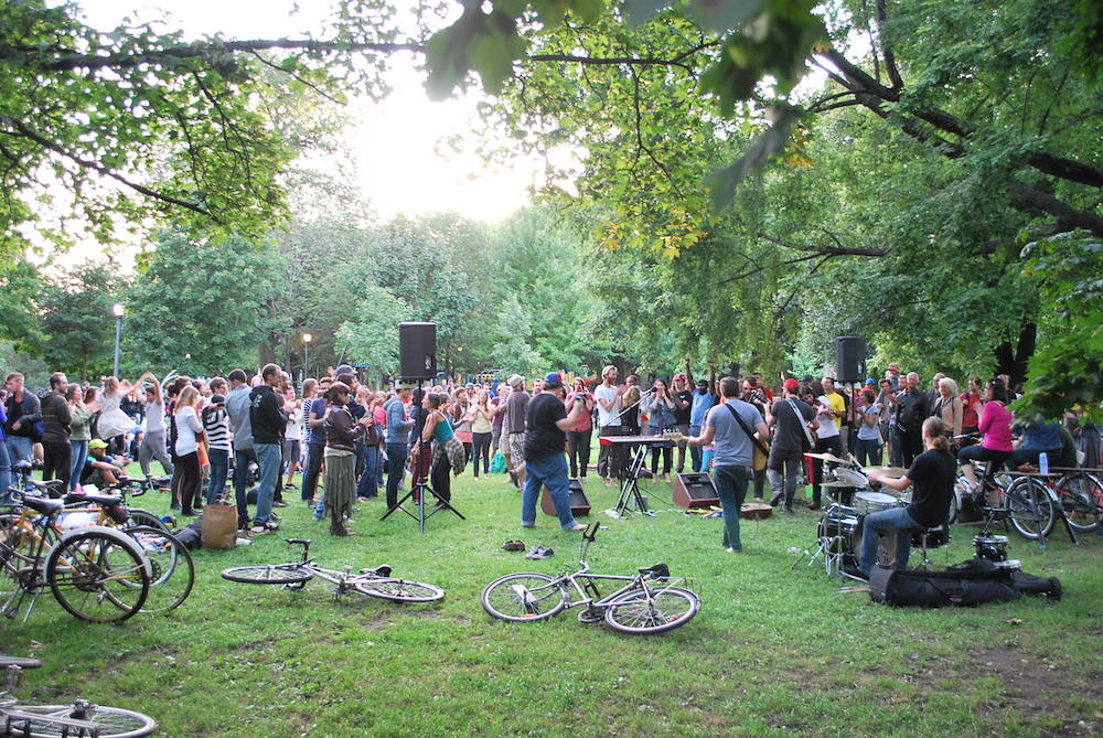 Toronto Bicycle Music Festival in Trinity Bellwoods
