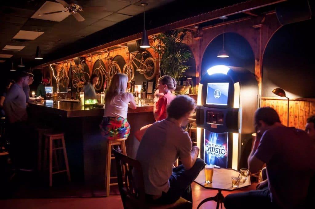 handlebar bar kensington market toronto