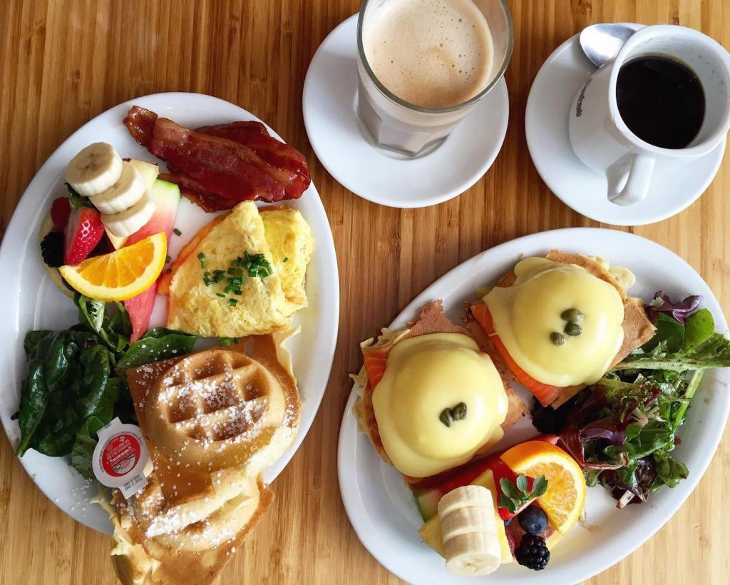 starving artist waffle restaurant meals in little italy toronto