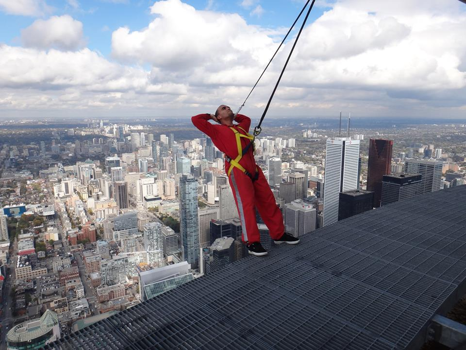 cn tower edgewalk downtown toronto things to do in toronto