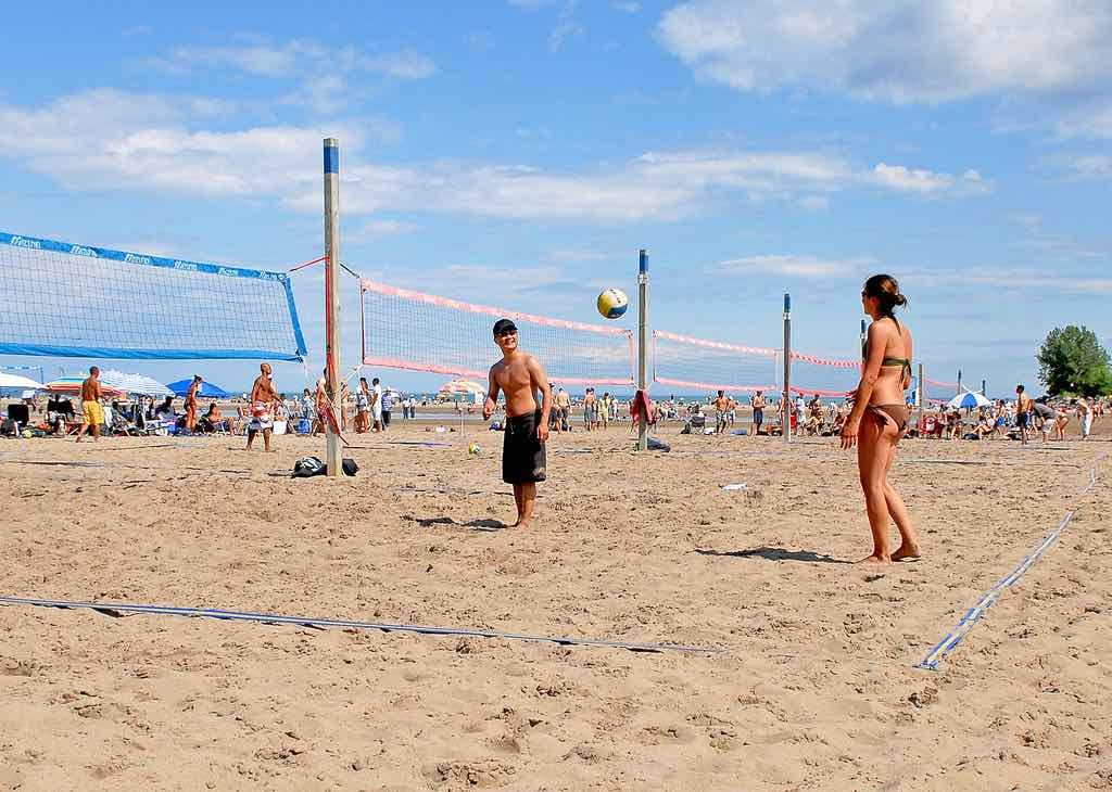 woodbine beach volleyball toronto