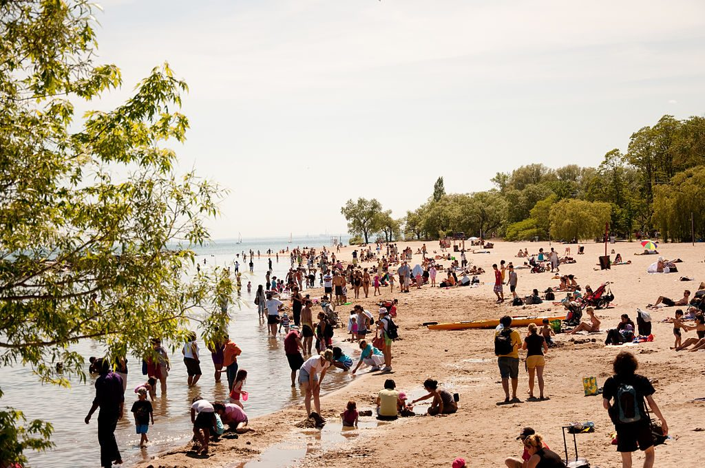 centre island beach toronto tourist attractions