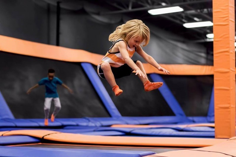 sky zone centreville Things to do with kids in Toronto