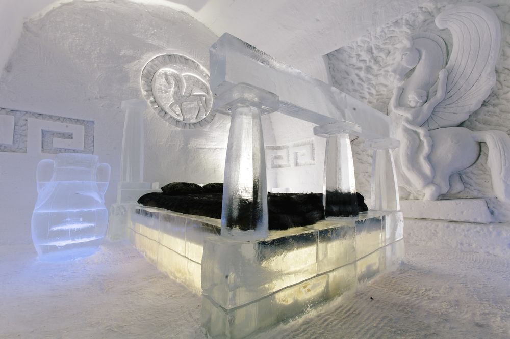 ice hotel quebec city christmas