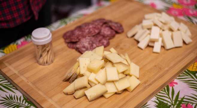 cheese and charcuteries toronto food tour tastings