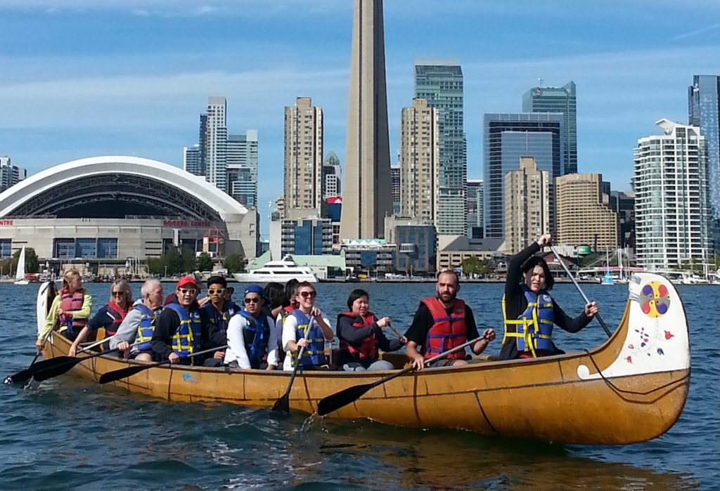 team building activities in toronto voyageur canoe group