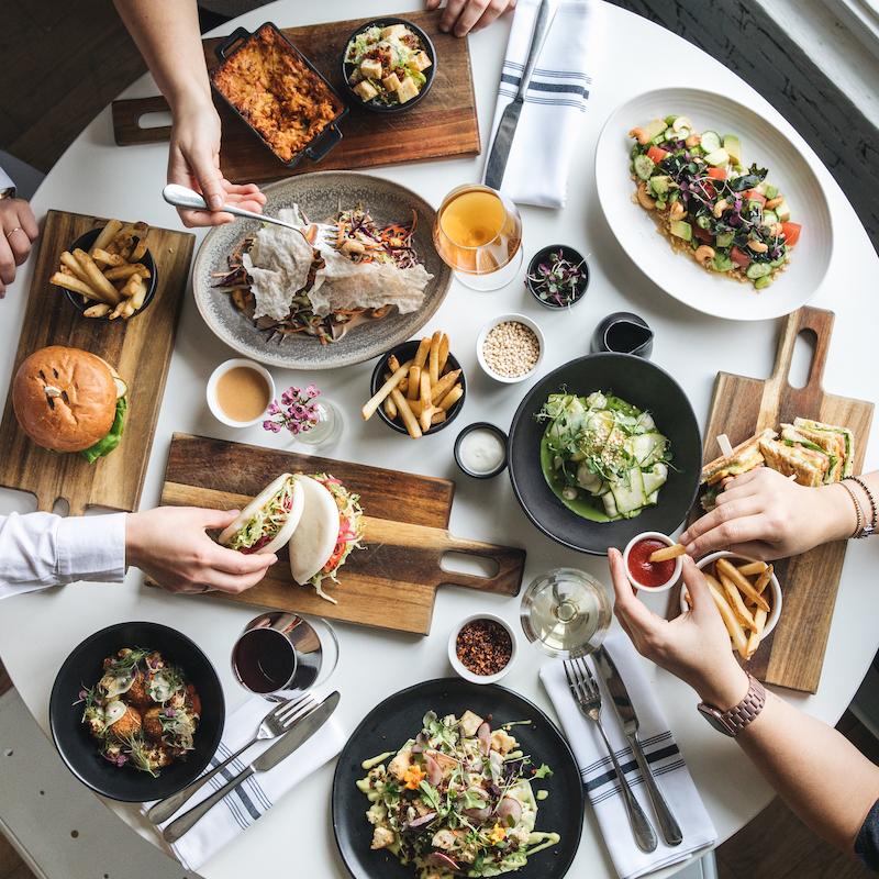 lov montreal restaurant