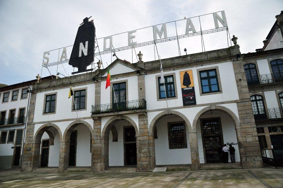 Sandeman cellars porto wine tour